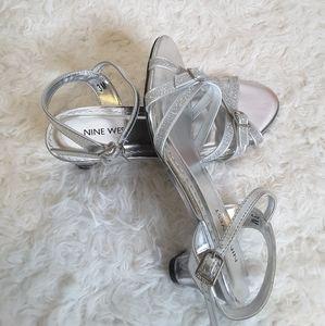 Nine West silver glitter dress heels w/buckle 3M